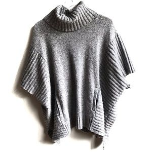 Athleta Donegal Passage Poncho Sweater Gray L/XL